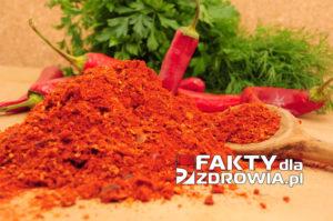 Pieprz cayenne poprawia krążenie, zmniejsza stany zapalne i dodaje pikantności twoim potrawom