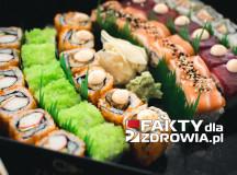 Sushi i wędrujące larwy skórne